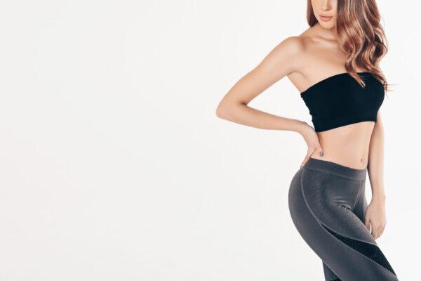 fit-woman-black-gym-suit